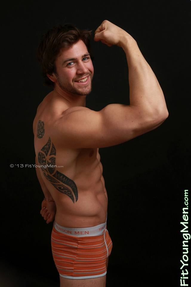 Nude-athletes-naked-sportsmen-mm00364-fit-young-men-cory-burns-gay-porn-pics-photo