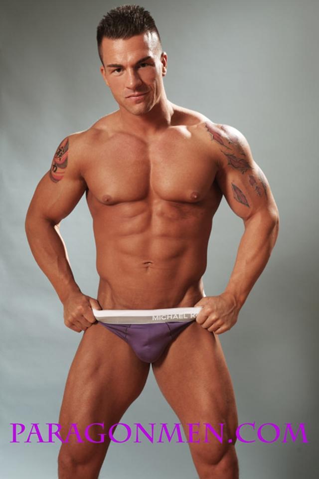 Gay-porn-pics-03-Muscled-sex-bodybuilder-Braden-Charron-Paragon-Men-all-american-boy-naked-muscle-men-nude-bodybuilder-photo