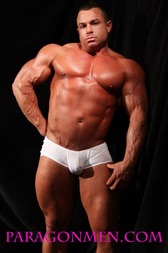 Chaz-Ryan-Paragon-Men-all-american-boy-naked-muscle-men-nude-bodybuilder-muscle-hunks-04-pics-gallery-tube-video-photo