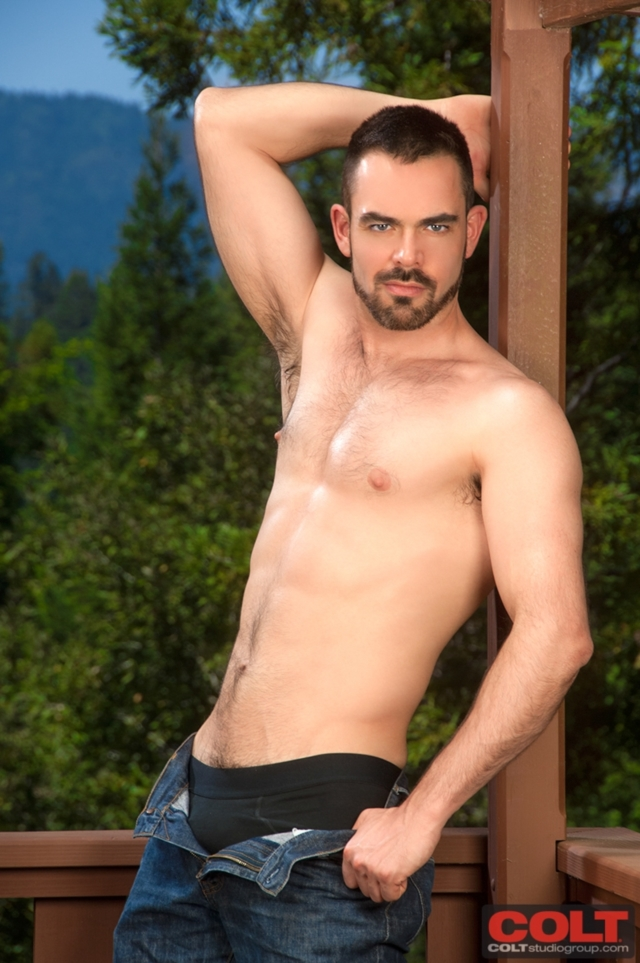 JR-Bronson-and-Dolan-Wolf-Colt-Studios-gay-porn-stars-hairy-muscle-men-young-jocks-huge-uncut-dicks-02-pics-gallery-tube-video-photo