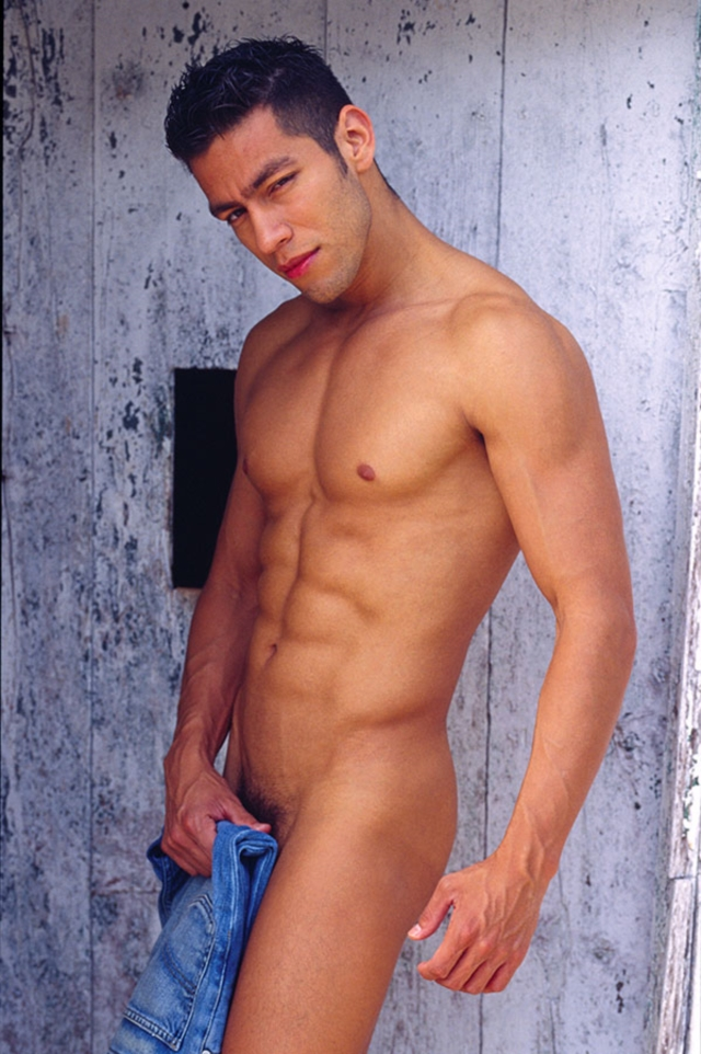 Ricky-Lucas-Kazan-Italian-latin-gay-men-latino-straight-men-naked-straight-latino-men-05-pics-gallery-tube-video-photo