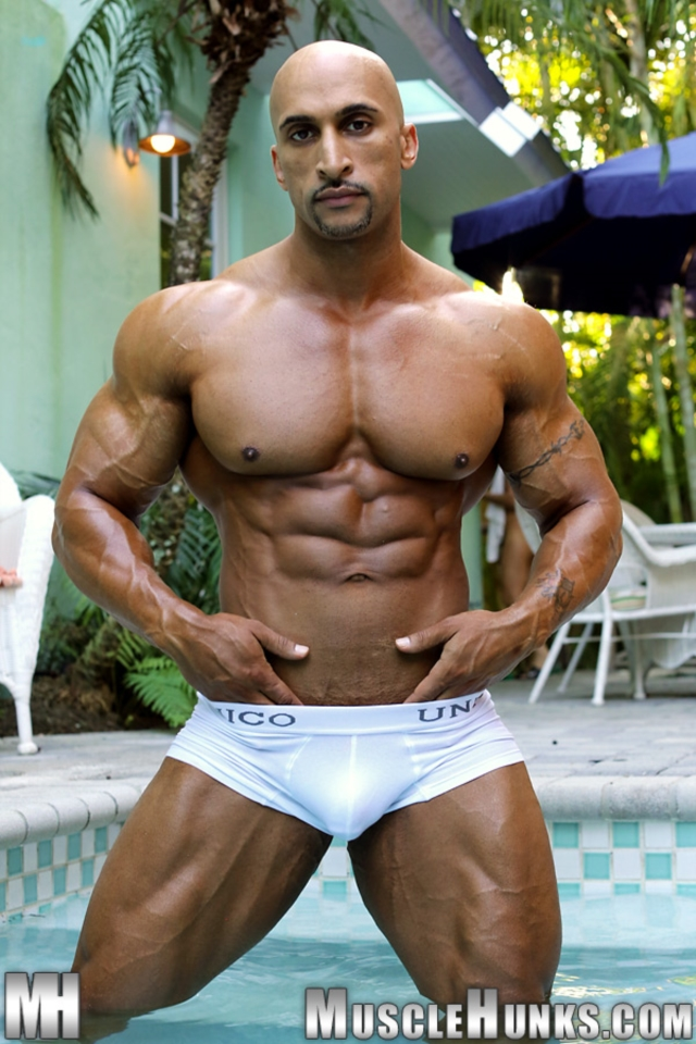 Rico-Cane-Muscle-Hunks-nude-gay-bodybuilders-porn-muscle-men-muscled-hunks-big-uncut-cocks-tattooed-ripped-04-pics-gallery-tube-video-photo