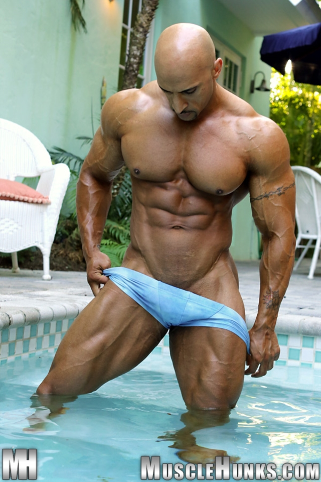 Rico-Cane-Muscle-Hunks-nude-gay-bodybuilders-porn-muscle-men-muscled-hunks-big-uncut-cocks-tattooed-ripped-05-pics-gallery-tube-video-photo