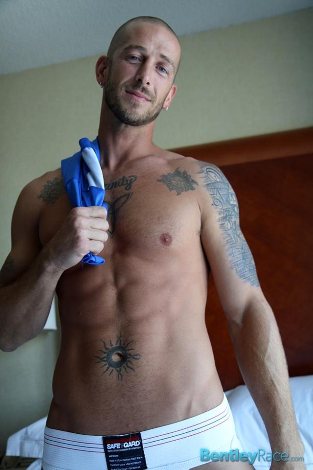 Mark-Green-bentley-race-bentleyrace-nude-wrestling-bubble-butt-tattoo-hunk-uncut-cock-feet-gay-porn-star-07-gallery-video-photo - copia