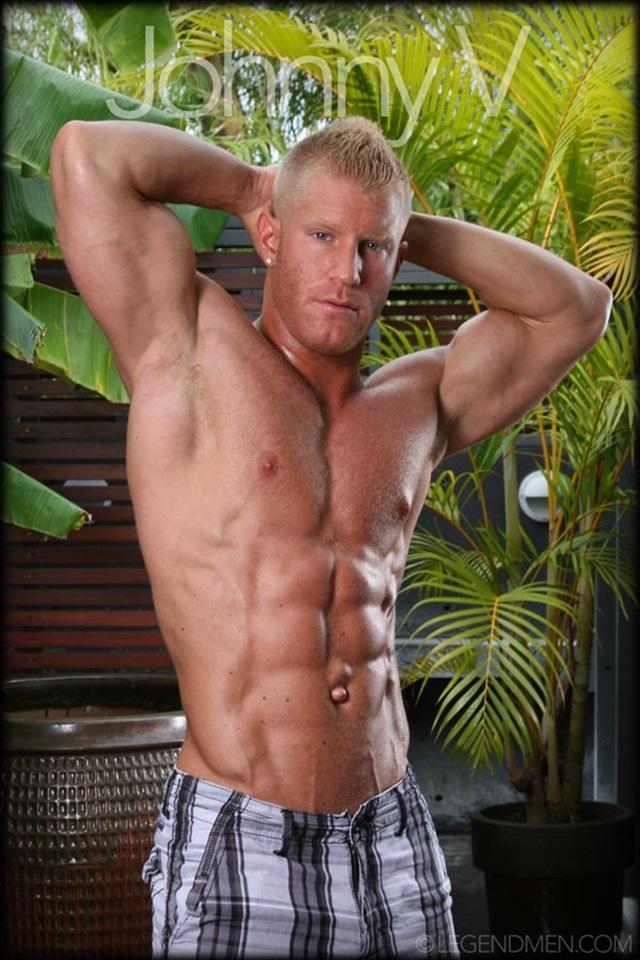 Johnny-V-Legend-Men-Gay-Porn-Stars-Muscle-Men-naked-bodybuilder-nude-bodybuilders-big-muscle-huge-cock-005-gallery-video-photo