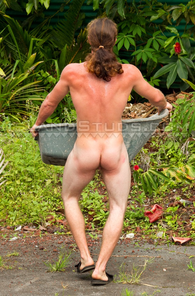 Dale-jr-hung-red-head-tough-guy-big-curved-veiny-cock-big-mushroom-head-006-male-tube-red-tube-gallery-photo
