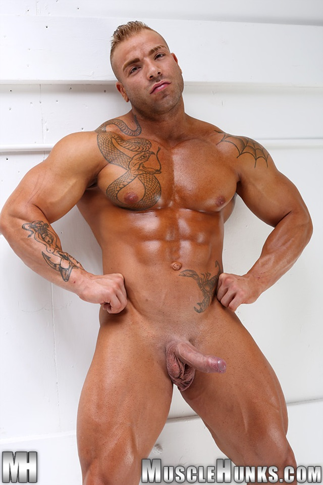 Max-Hilton-Muscle-Hunks-nude-gay-bodybuilders-porn-muscle-men-xvideos-xtube-hunks-big-uncut-cocks-jockstrap-015-male-tube-red-tube-gallery-photo