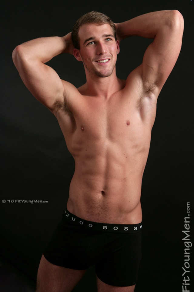Rich-Wills-Fit-Young-Men-Nude-Sportsmen-Big-Uncut-Cock-Sports-Ripped-Muscle-pup-005-male-tube-red-tube-gallery-photo
