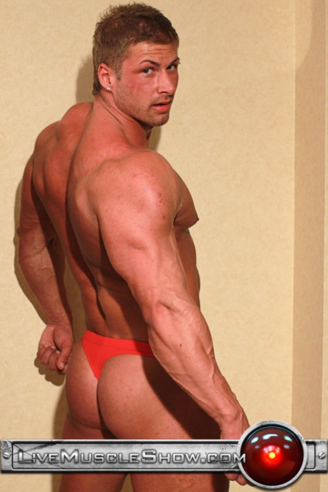 Live-Muscle-Show-Kane-Griffin-muscle-builder-muscled-hunk-young-abdominal-muscles-live-webcam-chat-003-male-tube-red-tube-gallery-photo