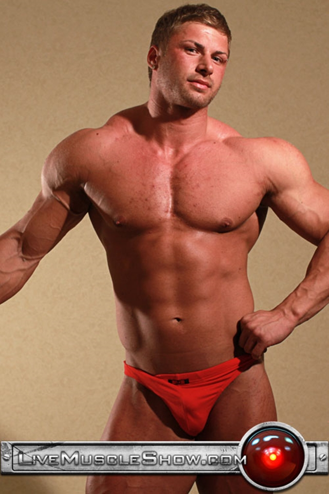 Live-Muscle-Show-Kane-Griffin-muscle-builder-muscled-hunk-young-abdominal-muscles-live-webcam-chat-005-male-tube-red-tube-gallery-photo