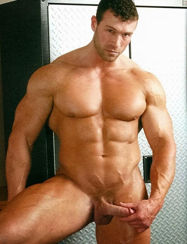 Legend-Men-nude-bodybuilder-bearded-hairy-chested-hunk-Von-Legend-aka-Matt-Davis-strips-bare-big-muscle-dick-010-male-tube-red-tube-gallery-photo