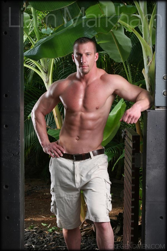 Legend-Men-nude-muscle-bodybuilder-Liam-Markham-ripped-abs-muscular-body-huge-dick-jerks-muscle-cock-erect-003-male-tube-red-tube-gallery-photo