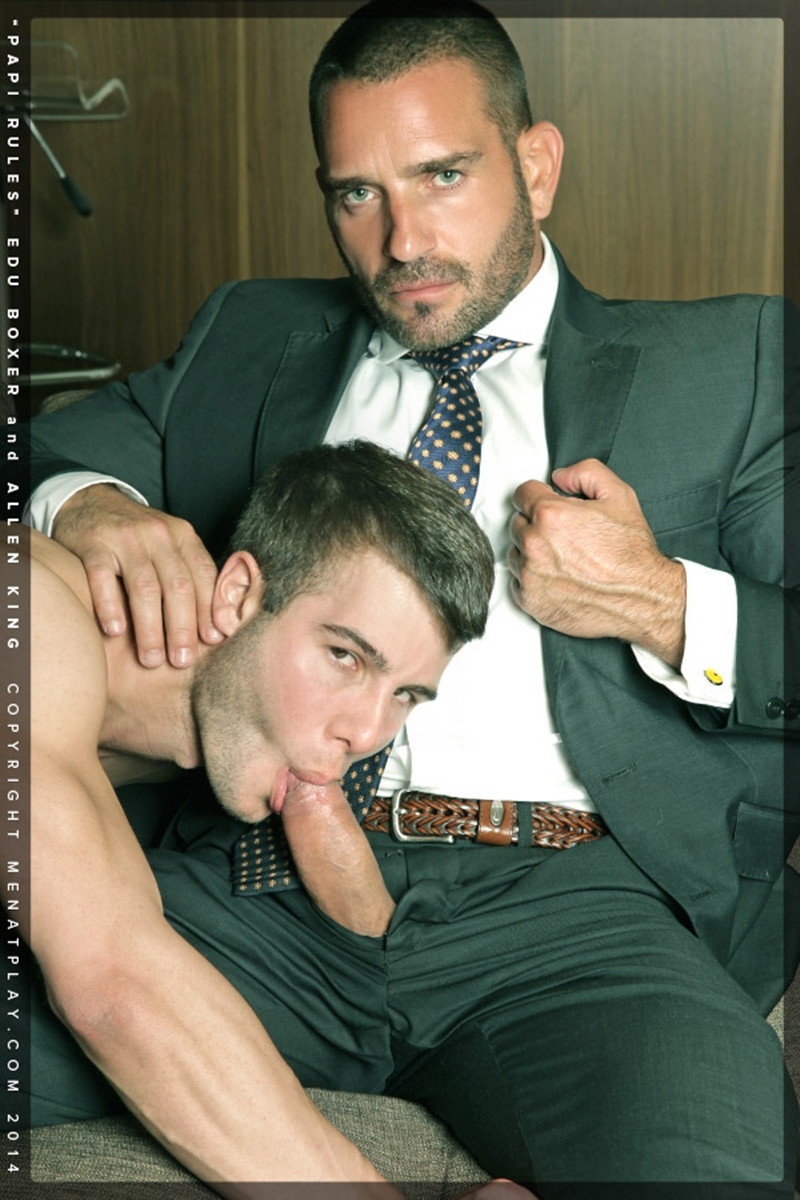 MenatPlay-young-student-hot-papi-Edu-Boxer-muscle-daddy-Allen-King-full-suit-and-tie-ass-erect-dick-cum-004-tube-download-torrent-gallery-photo