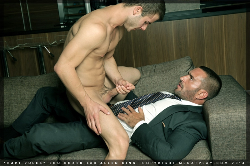 MenatPlay-young-student-hot-papi-Edu-Boxer-muscle-daddy-Allen-King-full-suit-and-tie-ass-erect-dick-cum-018-tube-download-torrent-gallery-photo