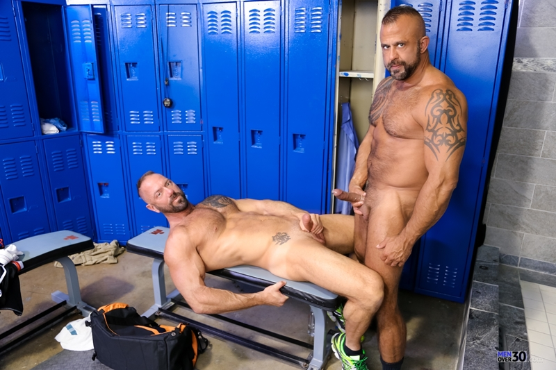 MenOver30-Vic-Rocco-Jon-Galt-locker-room-smelly-armpit-hairy-chest-hot-gym-toned-men-ass-fucking-013-tube-download-torrent-gallery-photo