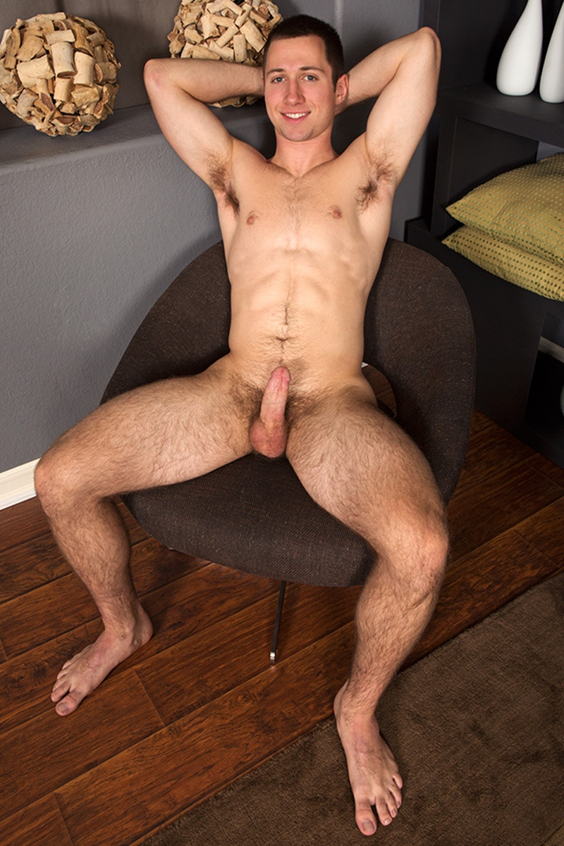 SeanCody-naked-young-muscle-jock-Colby-hairy-chest-muscular-legs-thick-dick-hard-erect-jerks-wanking-edge-orgasm-004-tube-download-torrent-gallery-sexpics-photo