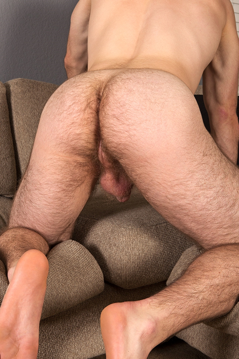 SeanCody-naked-young-muscle-jock-Colby-hairy-chest-muscular-legs-thick-dick-hard-erect-jerks-wanking-edge-orgasm-007-tube-download-torrent-gallery-sexpics-photo
