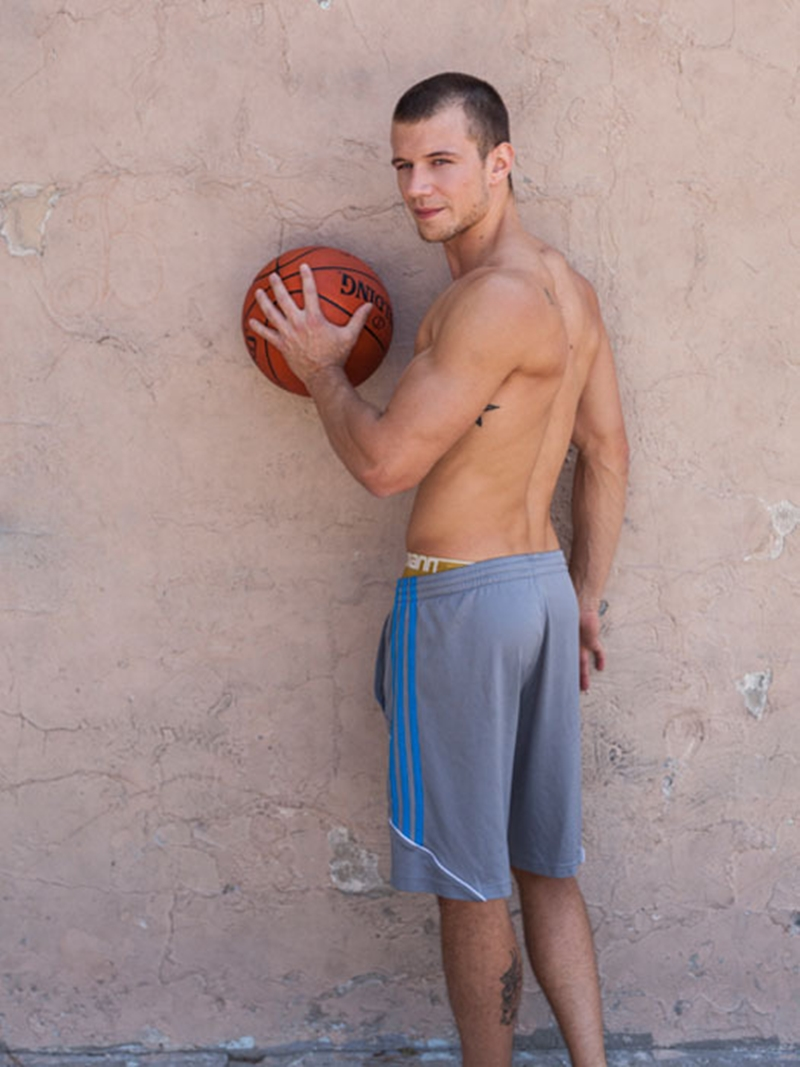 RandyBlue-Ashton-Dale-gay-sex-basketball-player-naked-men-sportsmen-big-dick-fuck-Brett-Swanson-condom-003-tube-download-torrent-gallery-sexpics-photo