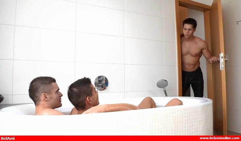 BelamiOnline-Adam-Archuleta-Scott-Reeves-roommates-handsome-Ennio-Guardi-hot-bath-sexy-young-naked-boys-pounding-003-tube-video-gay-porn-gallery-sexpics-photo