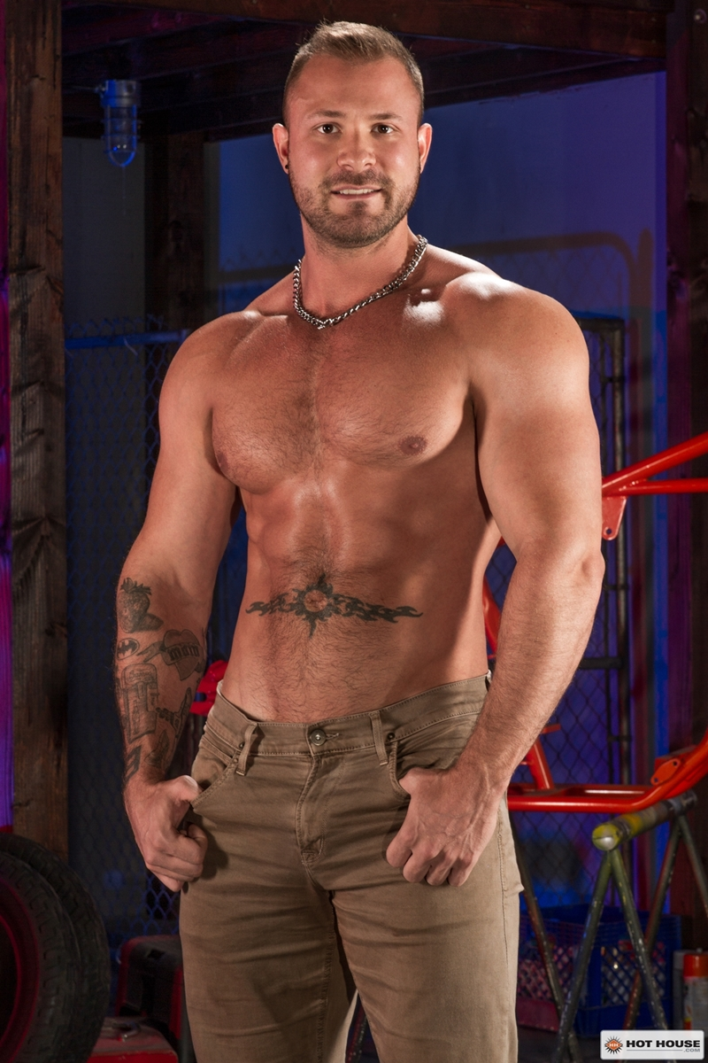 Hothouse-stud-Austin-Wolf-fucksRyan-Rose-bubble-butt-naked-muscle-men-huge-dick-ass-fucking-ripped-abs-hairy-nipple-002-gay-porn-video-porno-nude-movies-pics-porn-star-sex-photo