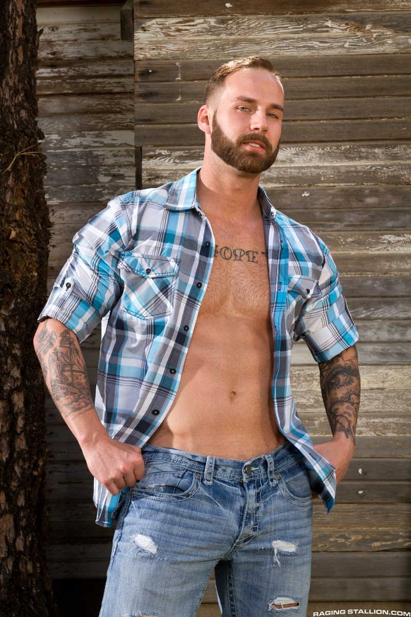 RagingStallion-Sebastian-Kross-Chris-Bines-Johnny-V-hard-on-sexy-naked-asses-muscled-body-hot-huge-cock-cum-load-balls-washboard-abs-02-gay-porn-star-sex-video-gallery-photo