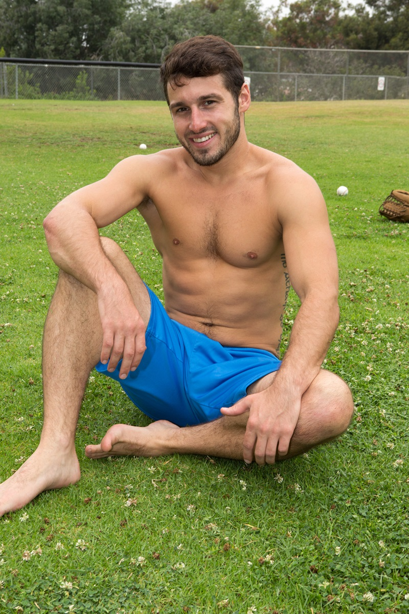 SeanCody-Sexy-young-bearded-muscle-stud-Coty-good-looking-guy-thick-cock-hairy-bubble-ass-cheeks-orgasm-jerks-blows-cumload-furry-abs-10-gay-porn-star-sex-video-gallery-photo