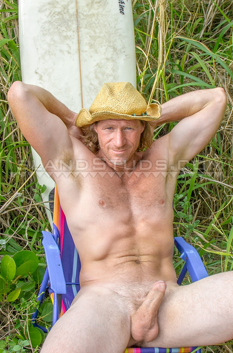 IslandStuds-Rugged-handsome-hairy-California-surfer-Tadman-nude-muscle-daddy-man-butt-athletic-body-strokes-big-rock-hard-cock-03-gay-porn-star-tube-sex-video-torrent-photo