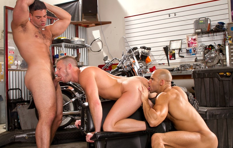 Derek Atlas takes Brian Bonds' mouth while Sean Zevran fucks his well-lubed hole