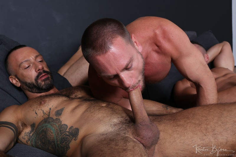 KristenBjorn-sexy-naked-muscle-men-Gabriel-Lunna-Alberto-Esposito-Hans-Berlin-threesome-ass-fucking-huge-uncut-cocks-anal-assplay-rimming-005-gay-porn-sex-gallery-pics-video-photo