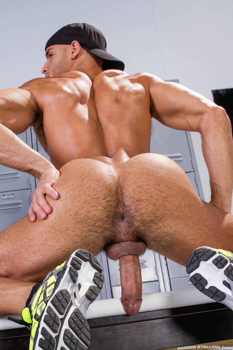 RagingStallion-sexy-naked-muscle-hunk-Sean-Zevran-locker-room-beefy-stud-Joey-D-football-player-deep-throat-swollen-big-thick-long-cock-anal-rim-002-gay-porn-sex-gallery-pics-video-photo
