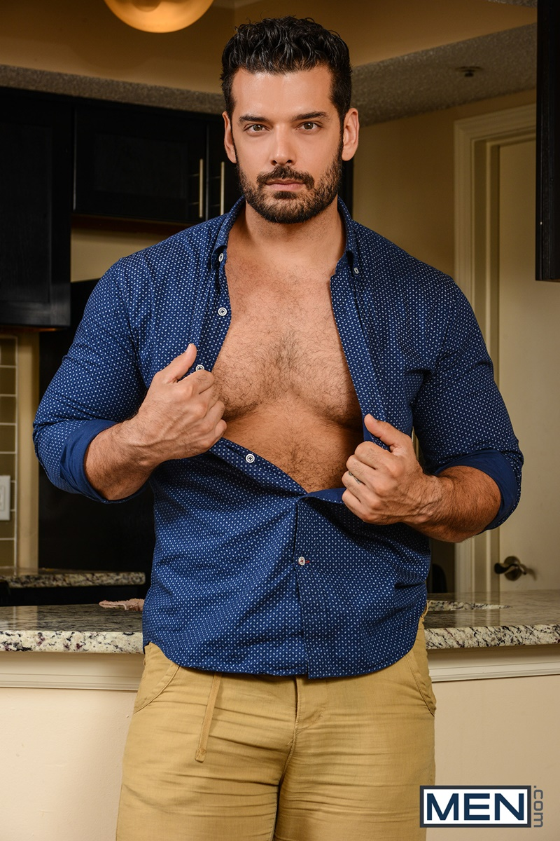 Men-com-bearded-naked-muscle-man-hairy-chest-Aspen-gay-porn-star-Marcus-Ruhl-sexual-huge-dick-deep-throat-ass-hole-fucking-anal-assplay-rimming-002-gay-porn-sex-gallery-pics-video-photo