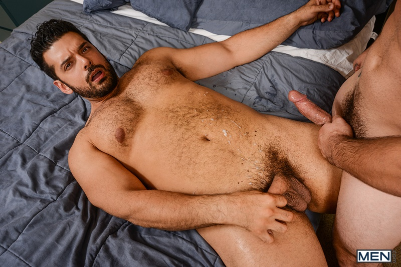 Men-com-bearded-naked-muscle-man-hairy-chest-Aspen-gay-porn-star-Marcus-Ruhl-sexual-huge-dick-deep-throat-ass-hole-fucking-anal-assplay-rimming-024-gay-porn-sex-gallery-pics-video-photo