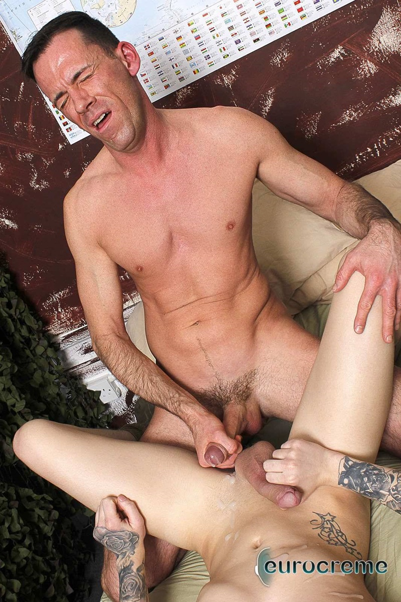 eurocreme-sexy-young-naked-guy-charley-cole-sucked-big-cock-dave-london-hardcore-ass-fucking-anal-rimming-army-boys-fuck-017-gay-porn-sex-gallery-pics-video-photo