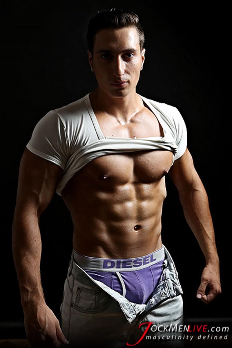 Jock Men Live Hot Nicholas shows off his big muscled body