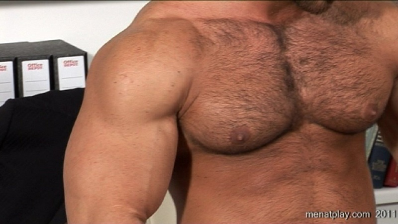 menatplay-big-muscle-hunk-gianluigi-rock-hard-muscles-stroking-nig-uncut-dick-hairy-chest-solo-jerkoff-ripped-six-pack-abs-022-gay-porn-sex-gallery-pics-video-photo