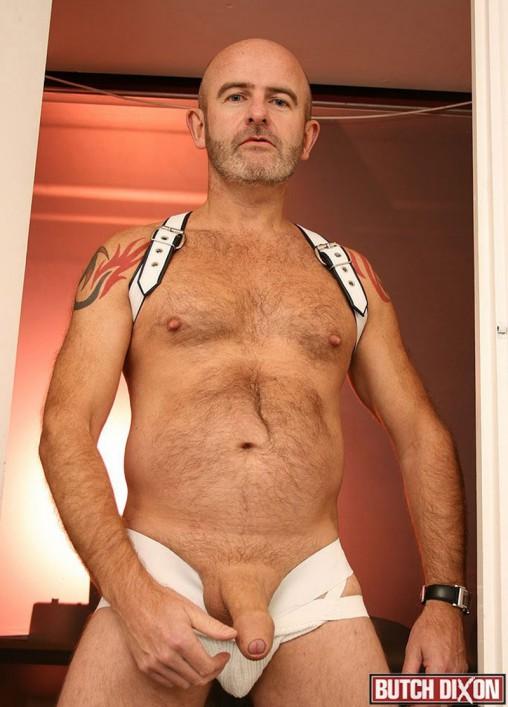 Big dick solo gay male porn pics