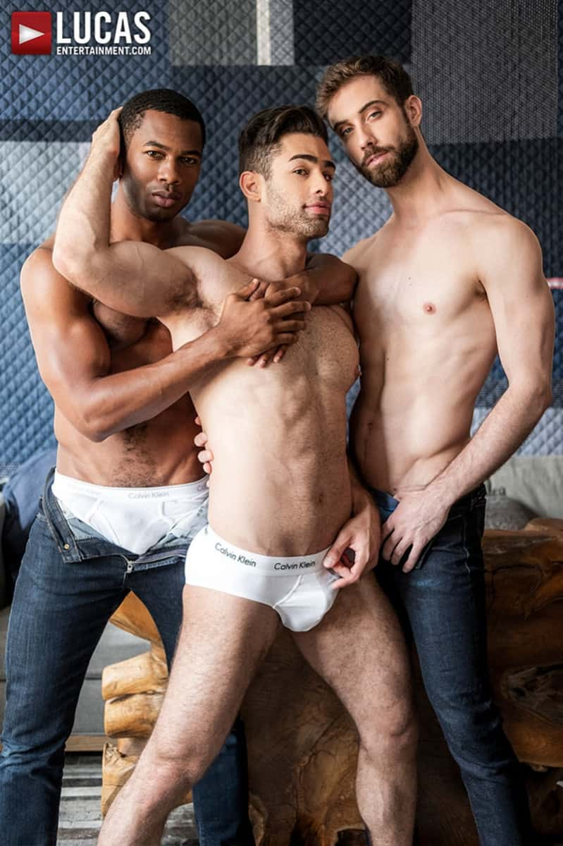 Men for Men Blog JASON-COX-LUCAS-LEON-SEAN-XAVIER-MONSTER-BLACK-DICK-big-muscle-threesome-LucasEntertainment-004-gay-porn-pictures-gallery Hot muscle dudes Jason Cox and Lucas Leon double fucked by Sean Xavier Lucas Entertainment